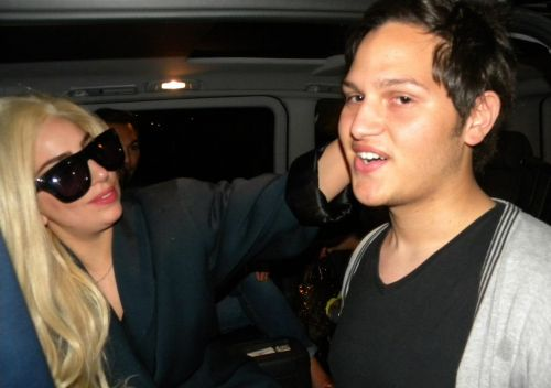 Gaga arriving in Capetown