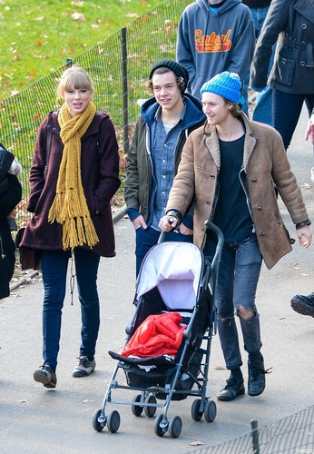 Harry, Taylor and Tisdale Family //12//02//12//