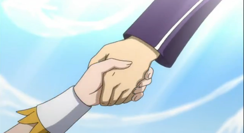 Holding hands <3