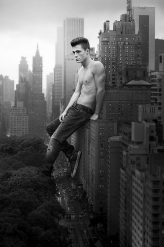 Hottest Guy Ever LOL!!!!!! =O XD