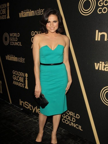 In style Party: Lana