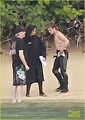 Jennifer Lawrence & Shirtless Josh Hutcherson: 'Catching Fire' Sea Scenes! - the-hunger-games photo