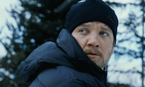 Jeremy Renner as Aaron kuvuka, msalaba in The Bourne Legacy