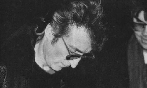 John Lennon Обои called Lennon