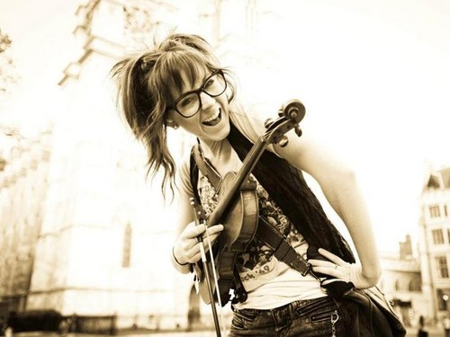 Lindsey Stirling 바탕화면 possibly with a 비올라 연주자, 비올라 titled Lindsey Stirling