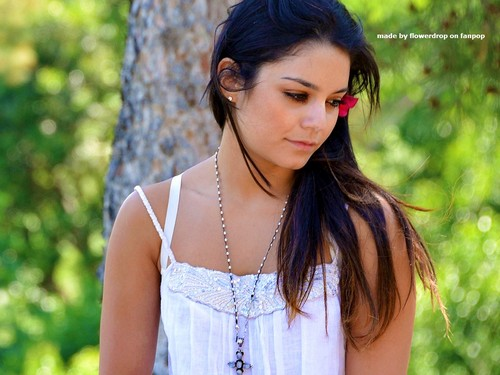 Lovely Vanessa Hintergrund
