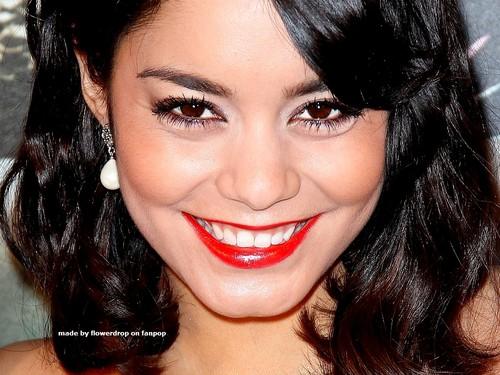 Lovely Vanessa wolpeyper