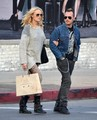 Malin Akerman & Roberto Go Shopping - malin-akerman photo