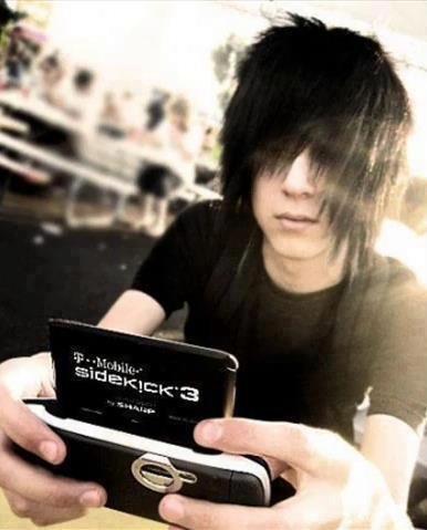 Me <3 with my sidekick phone