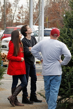 The Vampire Diaries TV Show wallpaper titled NIAN Christmas♥♥