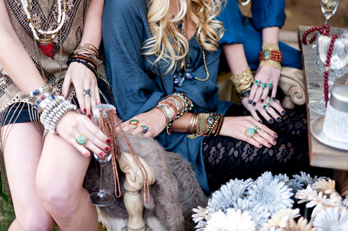 New picha of Candice for onyesha Me Your Mumu's 2012 Holiday Collection {Mumu Jewels}.