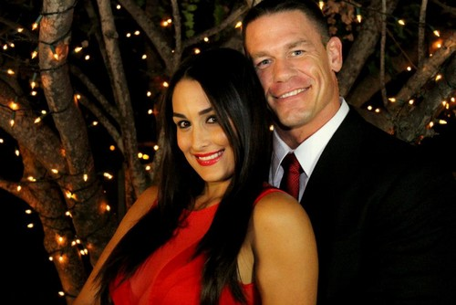 WWE kertas dinding possibly containing a business suit called Nikki Bella and John Cena