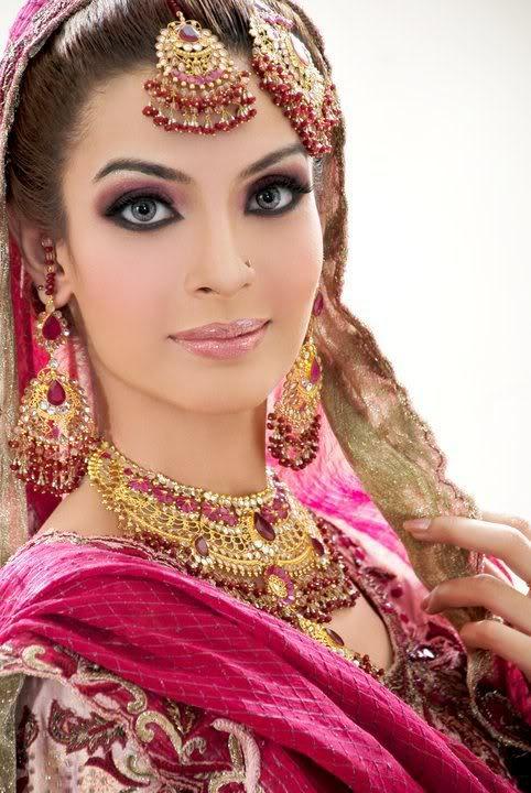 pakistani brides pakistan fanpop bridal bride makeup indian india hindu