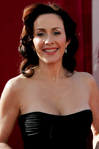 patricia heaton fondo de pantalla with a bustier, bustier traducción and a cóctel, coctel dress entitled Patricia Heaton
