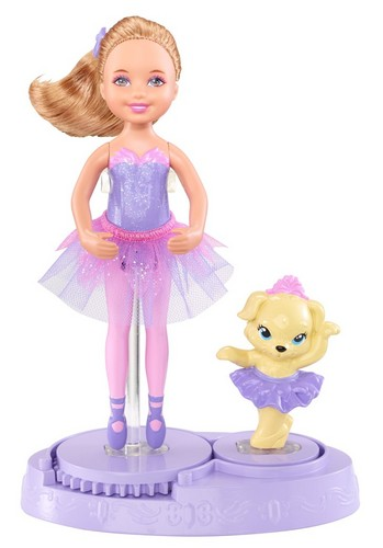 Purple Chelsea Friend with puppy Barbie in the roze Shoes