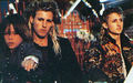Rare Pictures - the-lost-boys-movie photo