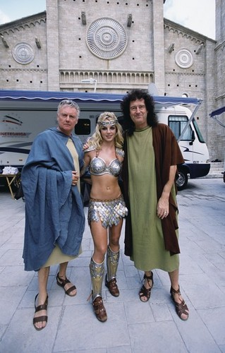 Roger, Brian and Britney (PEPSI commercial)