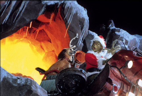 How The Grinch a volé, étole Christmas fond d'écran possibly with a feu titled The Grinch