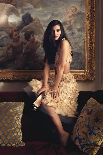Turkish Actors and Actresses wallpaper possibly with a living room, a drawing room, and a drawing room entitled Tuba Buyukustun for Turkish Elle magazine November 2012