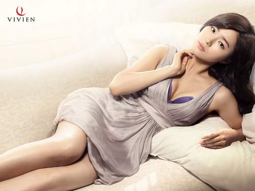 Shin Se Kyung wallpaper containing skin titled Vivien