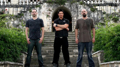 Ghost Adventures wallpaper containing a street, a brownstone, and a business suit entitled ghost adventures