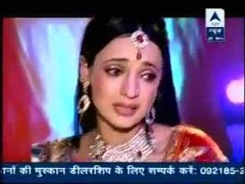 sanaya crying because the প্রদর্শনী had end