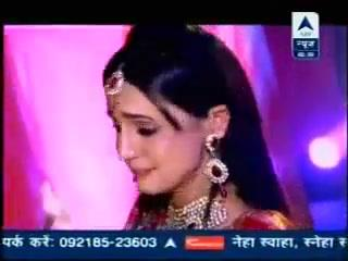 sanaya crying because montrer had end