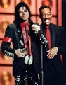 "1989 ""American Music Awards"" - michael-jackson photo"