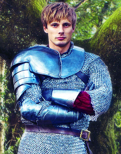 Arthur Pendragon: How to Make Chainmail Chic