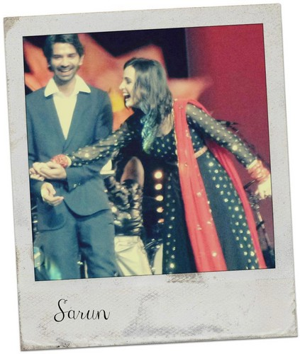 Barun And Sanaya At bintang Parivaar Live. tour