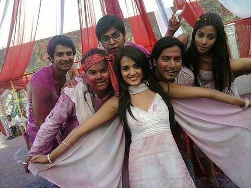 Barun with DMG gang