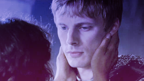 Classic Arthur and Guinevere (2)