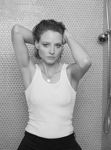 Jodie Foster Hintergrund titled Collier Schorr Photoshoot