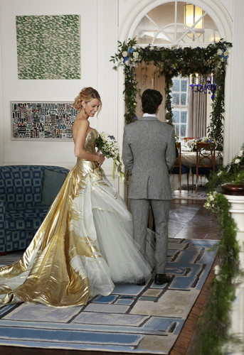 Gossip Girl wallpaper containing a bridesmaid entitled Dan and Serena's Wedding