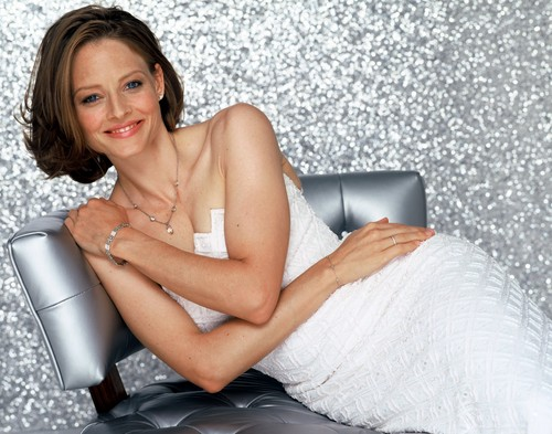 Jodie Foster fond d'écran probably containing skin titled Dana Fineman Shoot
