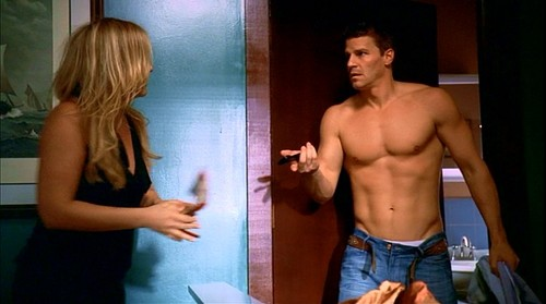 naked Bones david boreanaz