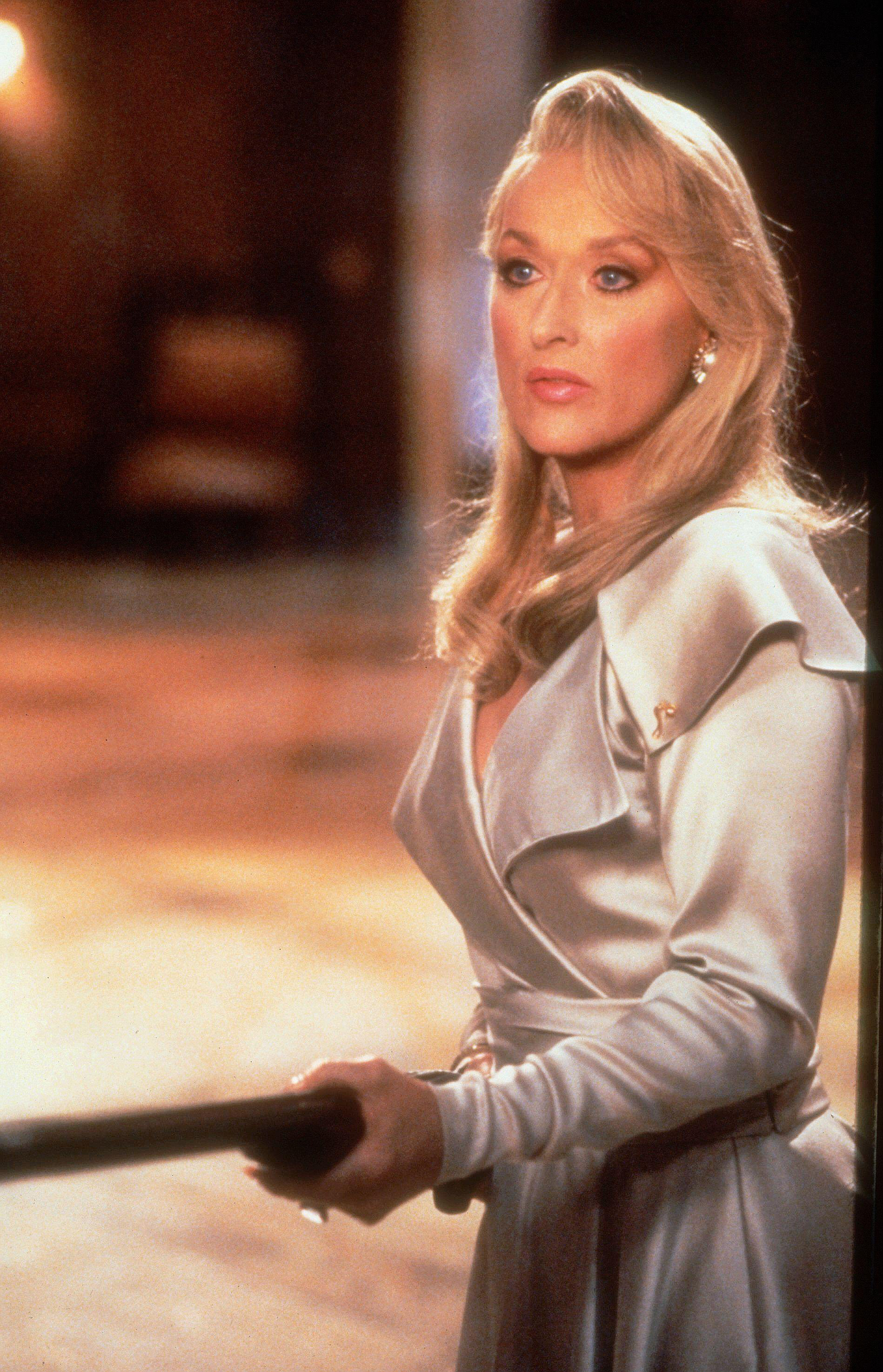 death becomes her - photo #3