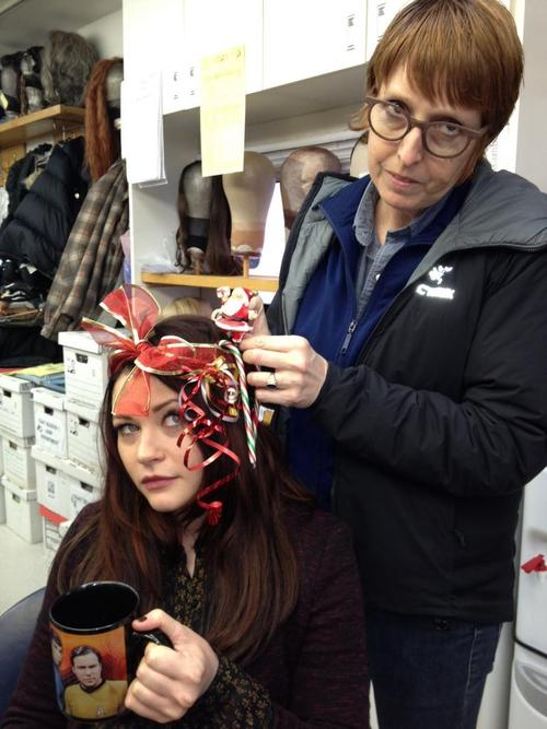 Emilie de Ravin playing Xmas style in the ouat hair & make-up trailer