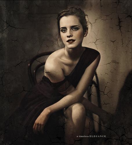 Emma Watson >