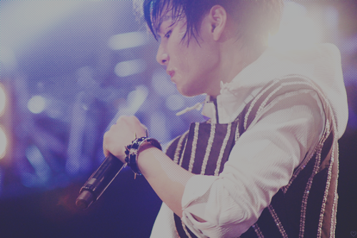 NU'EST wallpaper possibly containing a concert called JR