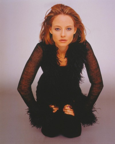 조디 포스터 바탕화면 probably with a well dressed person and an outerwear called Jodie Foster