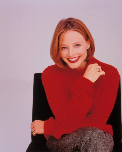 조디 포스터 바탕화면 possibly with a pullover titled Jodie Foster