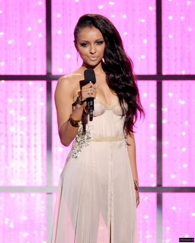 Kat @2012 VH1 Divas