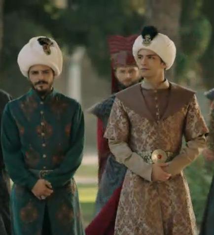Mehmet Gunsur and Gurbey Ileri in Muhtesem Yuzyil