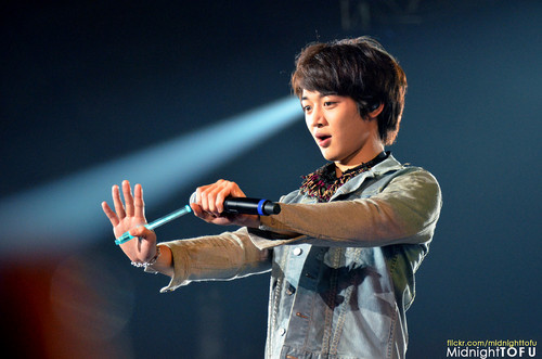 Minho - SHINee World II in Singapore