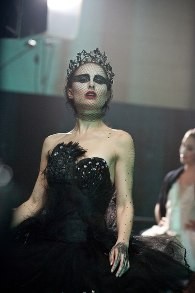 New Black Swan Pictures !!