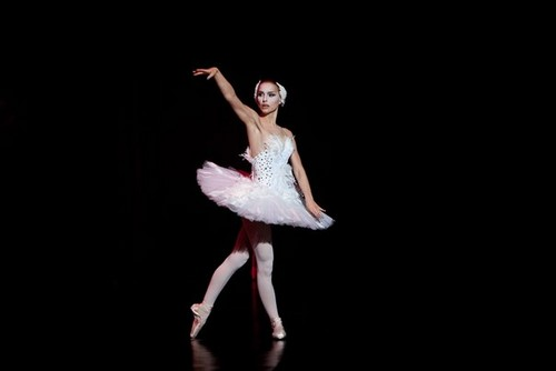 New Black Swan Stills!!