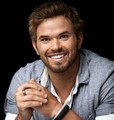 New Comic Con Portraits - kellan-lutz photo