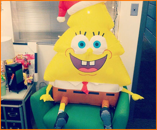Nickelodeon Decorates For The Holidays