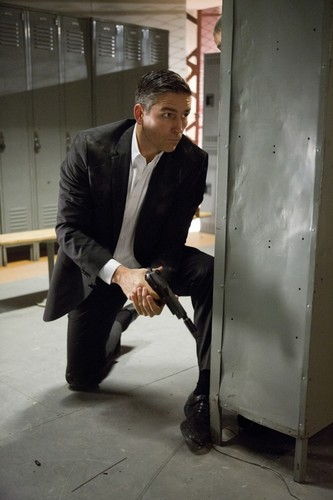 Person of Interest 2.10 - Shadow Box
